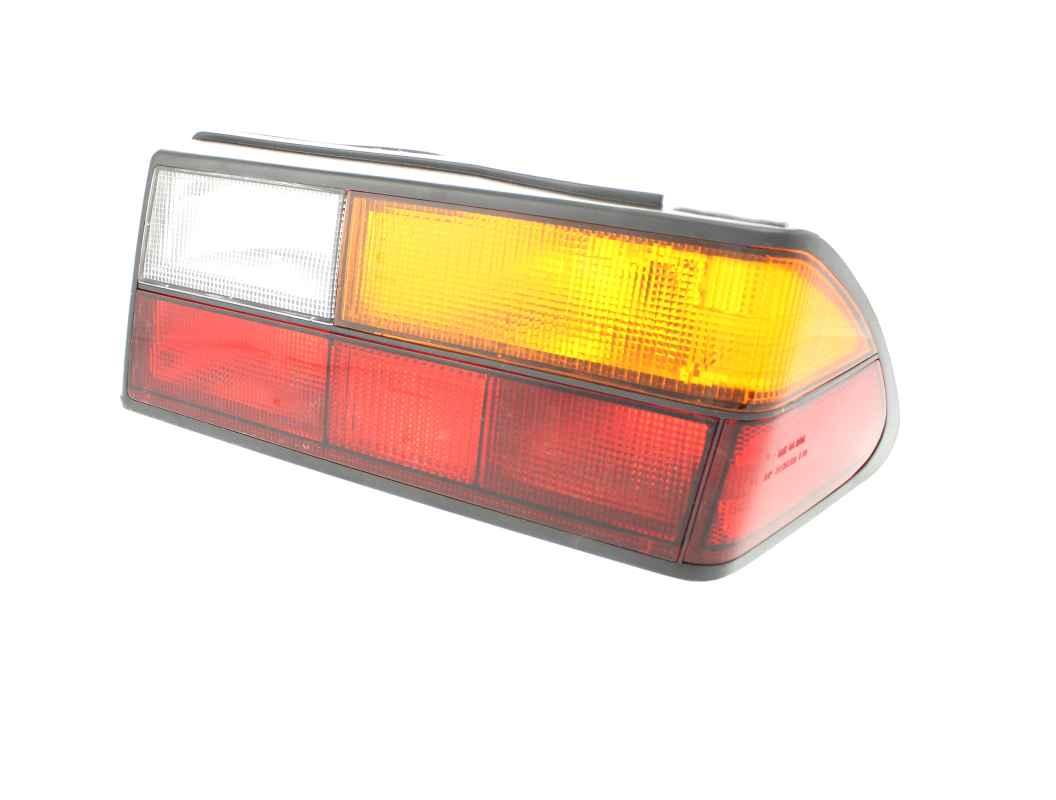 Tail Light Lens - RH (86-94 Convertible, All Sedans) C900